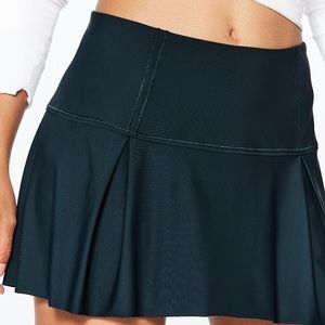 Lululemon lost in pace skirt tall